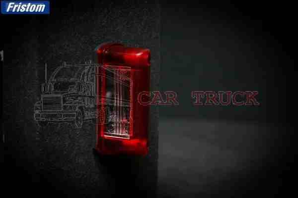 osvětlení SPZ žárovka červené sklo